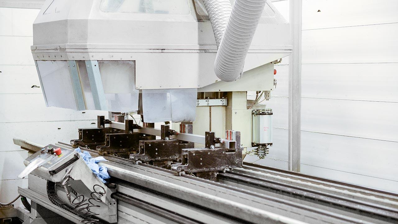 På Ydre Skåp är bygger vi våra skåp med profilerna tillverkade av 60% återvunnet material.